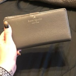 Kate Spade gray wallet USED
